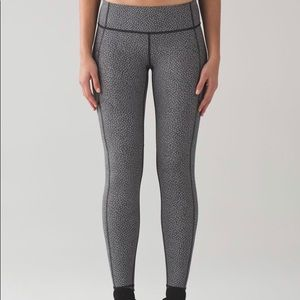 Lululemon Speed Tight V (Reflective)